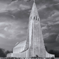 photo of Hallgrimskirkja Cathedral